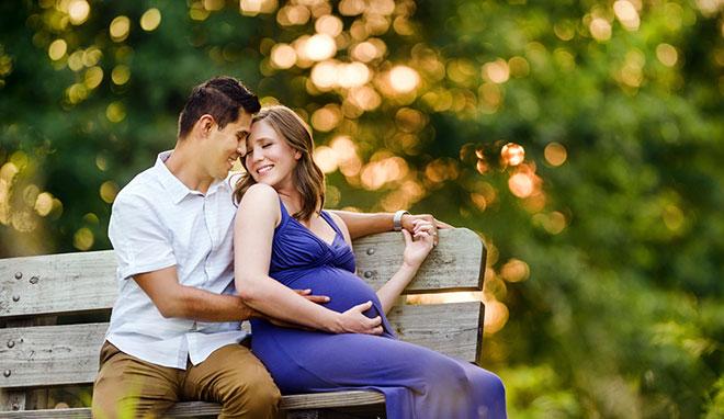 беременная 35 летняя женщина и ее муж