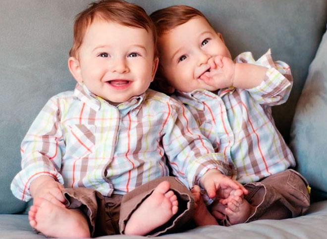 дети близнецы