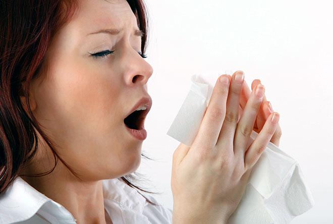 девушка чихает потому что забеременела