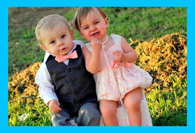 маленькие мальчик и девочка